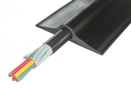 Boddingtons Electrical Black PVC Cable Protect Power, 26mm Hole Size , in 5M Length